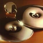 Ródiumozott ezüst fülbevaló.  Átmérő: 5 cm Súly: 12 gramm  25.000ft